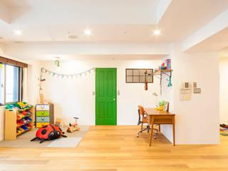 o邸-7畳の収納スペースつくり、LDKを広く モダンデザインの 子供部屋 の 株式会社ブルースタジオ モダン