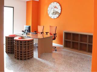 Uffici Ascotrade Complesso d'uffici moderni di Nardi Moderno