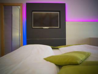 Hoteles de estilo moderno de CARLO CHIAPPANI interior designer Moderno