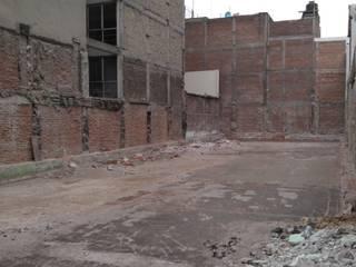 Clinica AVANZA San Rafael: Estudios y oficinas de estilo  por GRUPO SAIGA, S.A. DE C.V., Colonial