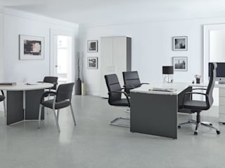 MUEBLES ORTS Office spaces & stores Chipboard Grey
