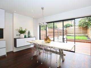 Converted Period House Comedores de estilo moderno de Corebuild Ltd Moderno