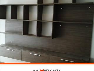 Nuestros proyectos:  de estilo  por Muebles y proyectos Mobiliya