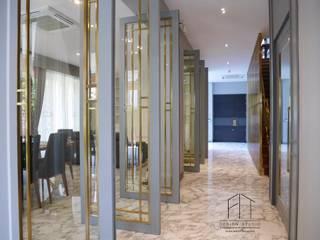 Ekamai House(Curtain-Wallpaper): ผสมผสาน  โดย Fit Design Studio, ผสมผสาน