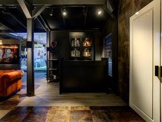 LXRY BEURS Moderne gangen, hallen & trappenhuizen van Loek van Walsem Fotografie Modern