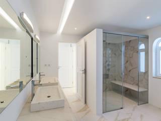 Renovação Quinta do Lago: Casas de banho  por CORE Architects,Clássico