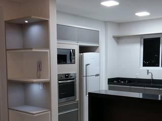 Projeto M.S. por Planejar Interiores - Balneario Camboriu Moderno