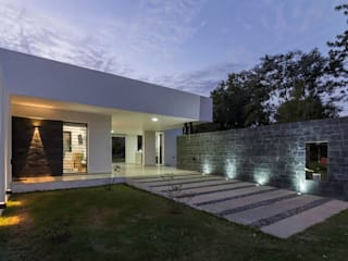 Modern home by D'ODORICO arquitectura Modern