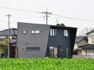 房子 by 辻谷 誠 建築研究所, 現代風