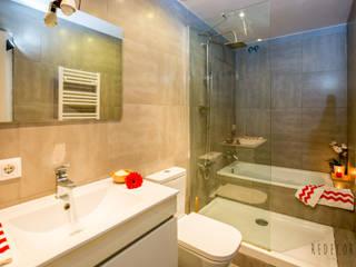 Proyecto Migdia Baños de estilo moderno de Redecoram Home Staging Moderno