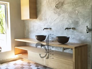 Jeremy Collin Ebeniste - créateur BathroomStorage