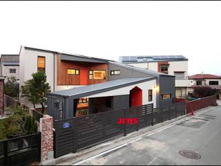 대전 하기동 주택: JCON의  목조 주택