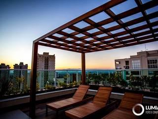 Condomínio Icon - S. J. dos Campos Varandas, alpendres e terraços modernos por Felipe Mascarenhas Paisagismo Moderno