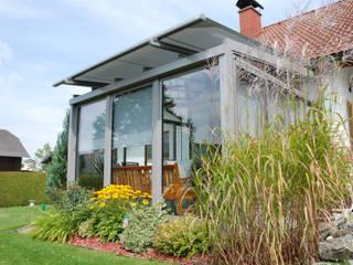 Sommergarten im grünen bei Windhaag bei Freistadt montiert Schmidinger Wintergärten, Fenster & Verglasungen Moderner Wintergarten Glas Grau
