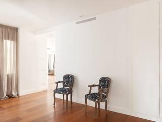 Ausgefallene Wohnzimmer von ESTER SANCHEZ LASTRA Ausgefallen