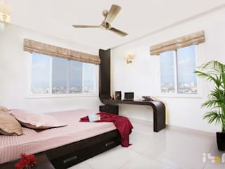 bedroom:  Bedroom by Interiors by ranjani