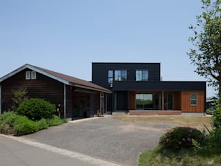 現代房屋設計點子、靈感 & 圖片 根據 株式会社 井川建築設計事務所 現代風