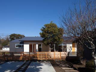 現代浴室設計點子、靈感&圖片 根據 株式会社 井川建築設計事務所 現代風