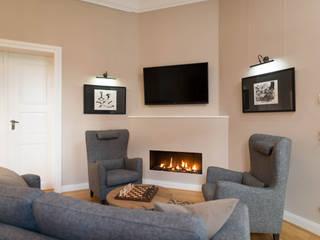 Living room by raumdeuter GbR, Rustic
