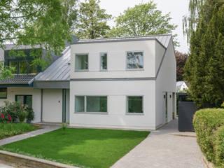Außenansicht:  Einfamilienhaus von Sieckmann Walther Architekten