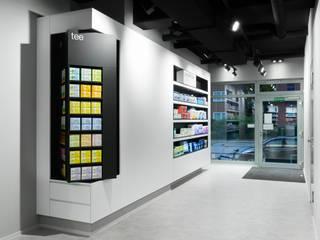 ELEFANTEN APOTHEKE:  Geschäftsräume & Stores von Sieckmann Walther Architekten