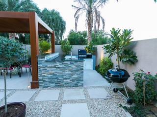 Saheel Villa de Hortus Landscaping Works LLC Moderno