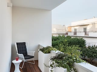 Balcones y terrazas de estilo minimalista de Arch. Antonella Laruccia Minimalista