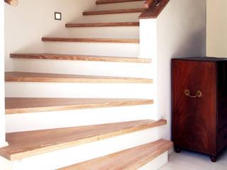 Betontreppe Schädlich Treppenbau GmbH Moderne Wohnzimmer Beton Beige