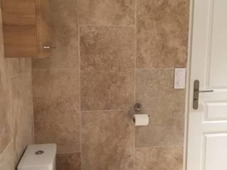 Décoration d'une salle de bains: Salle de bain de style de style Classique par Conseil Déco & Création