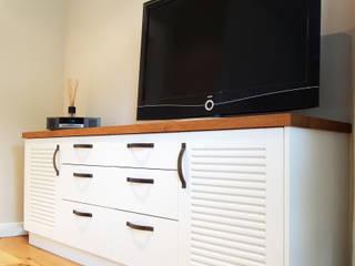 Sideboards: modern  von Schädlich Möbeldesign GmbH & Co. KG,Modern