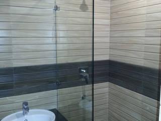 Silver Oaks Gurgaon Modern bathroom by Radian Design & Contracts Modern