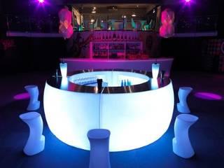 Barra de Bar Fiesta Curva:  de estilo  de goGarden