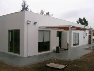 REMODELACION CASA LA FLORIDA: Casas unifamiliares de estilo  por AOG SPA