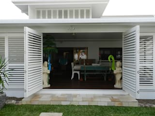 Aluminium Shutters - Outdoor Rooms Modern Terrace by TWO Australia Modern