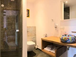 Modern bathroom by Cerames Modern
