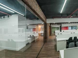 Industriële kantoorgebouwen van Arquitetura Sagrada Industrieel