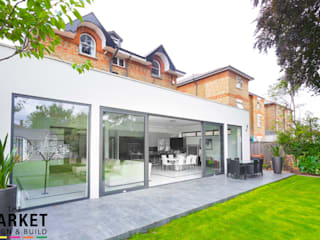 Teddington Extension And Refurbishment Nowoczesne domy od The Market Design & Build Nowoczesny