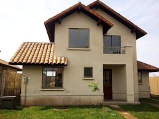 ARCOP Arquitectura & Construcción Classic style houses