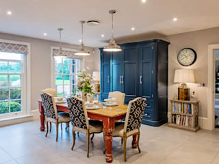 Mr & Mrs G, Hurley Raycross Interiors Built-in kitchens Blue