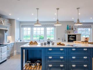 Mr & Mrs G, Kitchens - Maidenhead by Raycross Interiors Classic