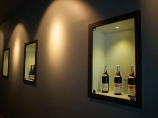 """Wine Gallery - INComum:  {:asian=>""""asiático"""", :classic=>""""clássico"""", :colonial=>""""colonial"""", :country=>""""campestre"""", :eclectic=>""""eclético"""", :industrial=>""""industrial"""", :mediterranean=>""""Mediterrâneo"""", :minimalist=>""""minimalista"""", :modern=>""""moderno"""", :rustic=>""""rústico"""", :scandinavian=>""""escandinavo"""", :tropical=>""""tropical""""} por Wonder,"""
