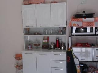 Cozinha repaginada:   por Thaís Cardoso Arquitetura, Urbanismo e Interiores