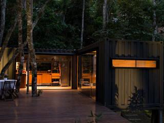 Дома в стиле лофт от Giselle Wanderley arquitetura Лофт
