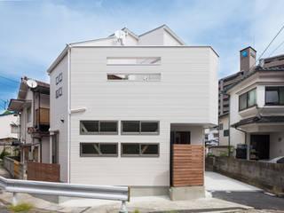 青崎東の家: 株式会社かんくう建築デザインが手掛けた家です。