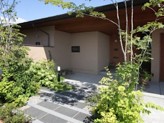 藤松建築設計室 Casas modernas Granito