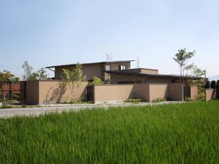 Casas de estilo  por 藤松建築設計室