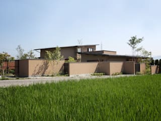 藤松建築設計室 Casas de estilo moderno