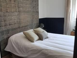 Eclectic style bedroom by La Conserverie d'Intérieurs Eclectic