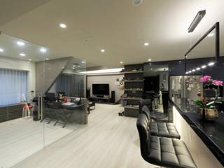 漫畫隧道私宅遊 根據 DIANTHUS 康乃馨室內設計 現代風