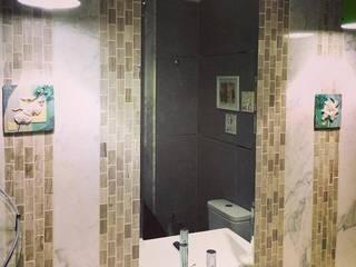 Baños de estilo moderno de Quattro designs Moderno